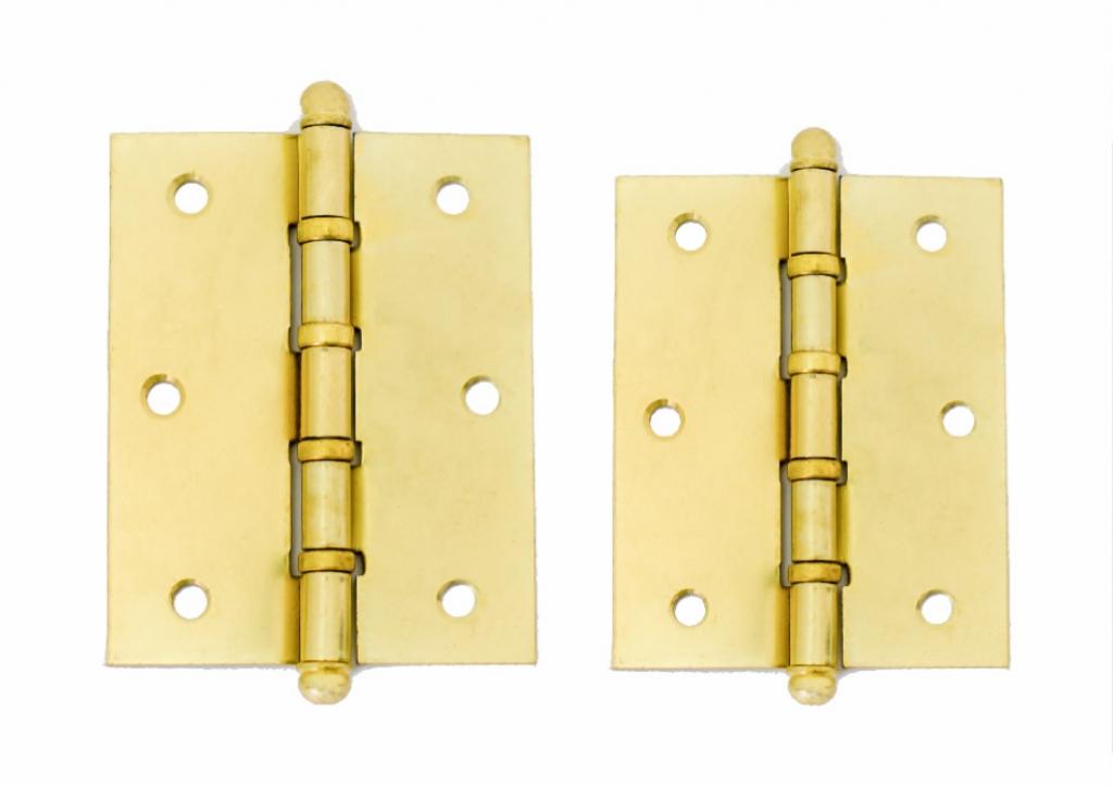 Dobradiça dourada com anel